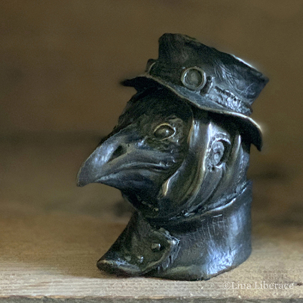 Crow in bronze